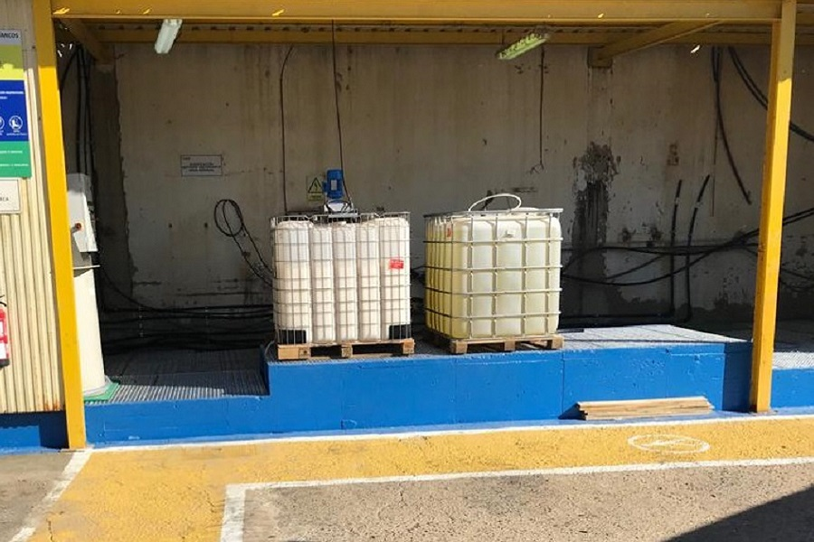 Almacen Zona tratamiento aguas Ence Huelva